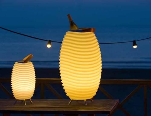 Kooduu: la lampada led con autoparlante wireless