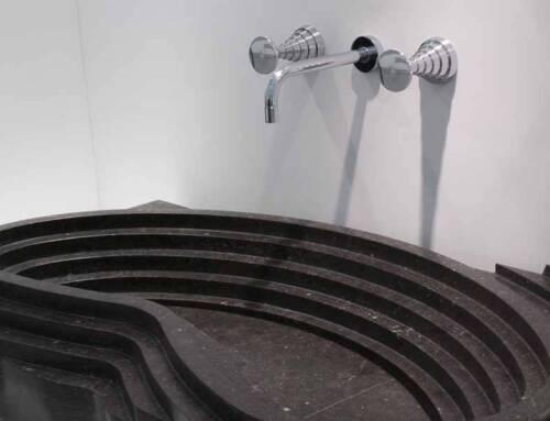 Il rubinetto scultura by Michele De Lucchi