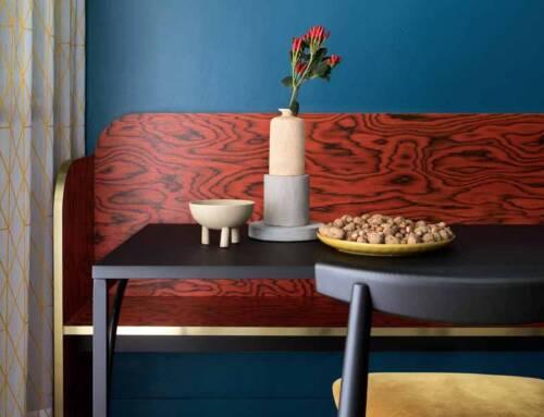 Il legno ALPI Sottsass Red per il rifugio di montagna Folie Falò